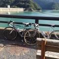 650Cロードバイクで奥多摩湖へ行ったときに撮ったBOMA FENTEとLinea oroの写真